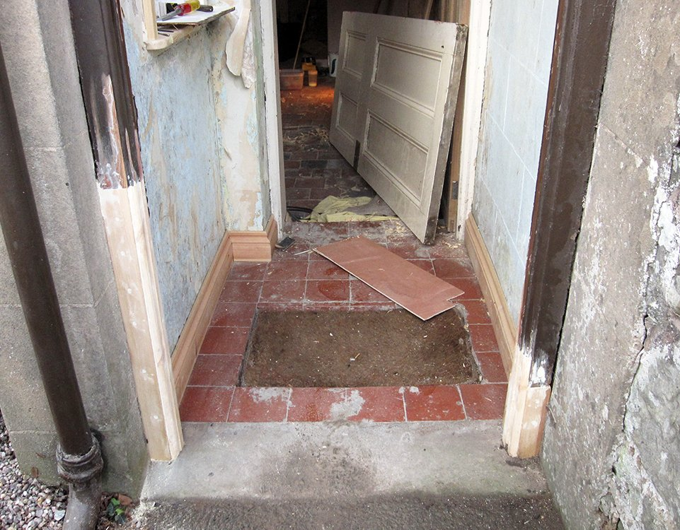 Tudor carpentry joinery maintenance shrewsbury front - How to repair a rotted exterior door frame ...