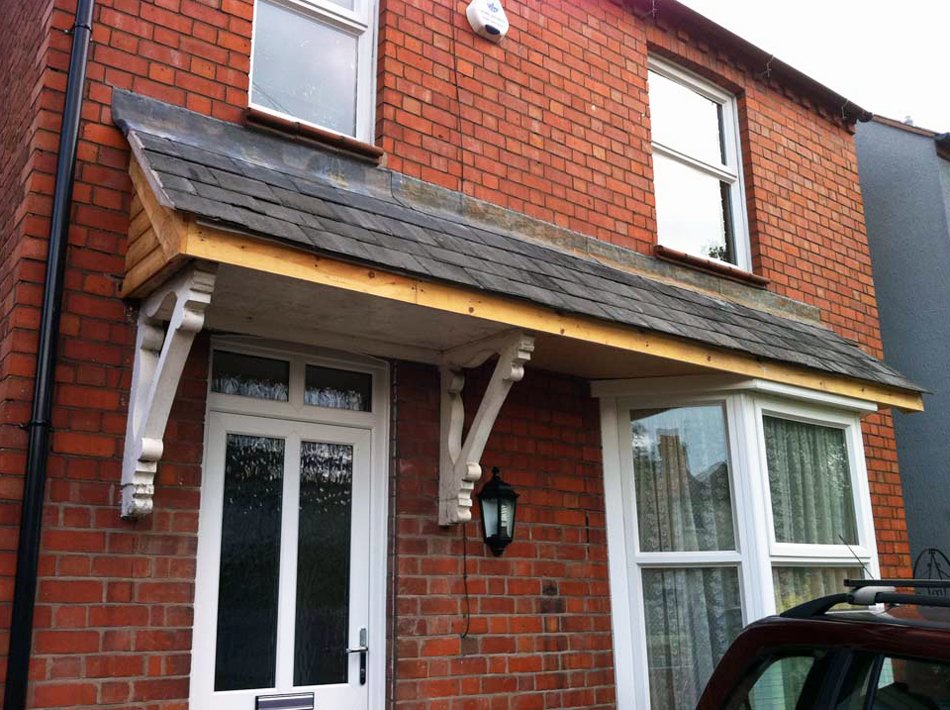 Tudor carpentry joinery maintenance shrewsbury porch roof for Car porch roof