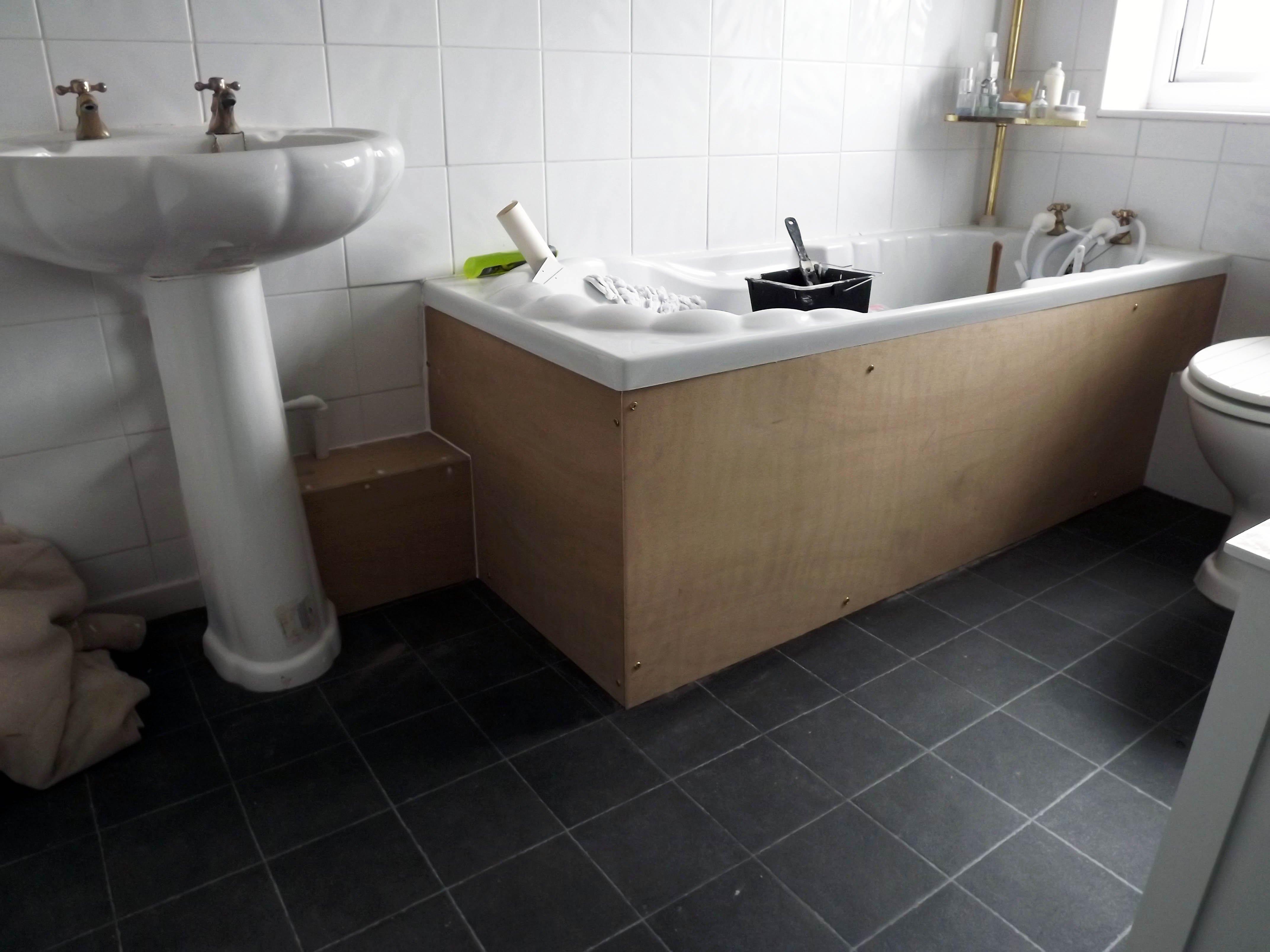 shrewsbury shropshire carpenters bathroom boxing in. Black Bedroom Furniture Sets. Home Design Ideas